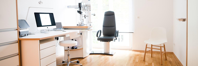 Augenärzte Gräfelfing bei München - Prof. Kook - Behandlungszimmer